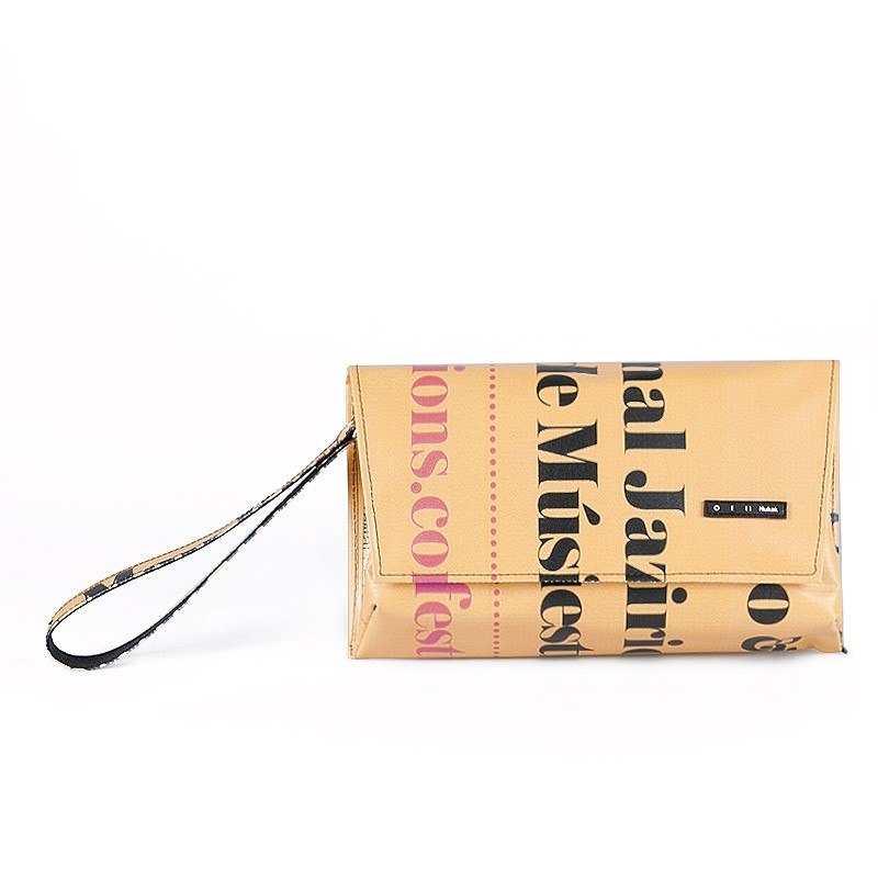 Nukak Clutch Shang Yellow